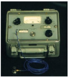 Figure 10. Portable vibration meter with fixed Octave filters (Brüel & Kjaer 5604)